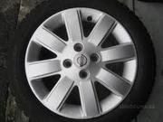 продам оригинальные диски на Nissan Micra