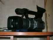 продам видеокамеру Sony VX-2100