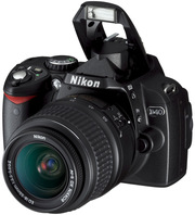 Продам фотоаппарат Nikon D40 c двумя объективами! СРОЧНО!