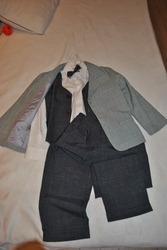 Модный  нарядный костюм для  мальчика