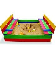 Детская разноцветная песочница