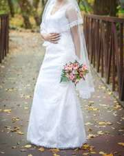 продам свадебное платье,  шитое на заказ