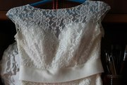 Свадебное платье ,  фата,  туфли
