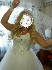продам свадебное платье+ в подарок перчатки