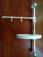 Полочка для ванной с вешалкой