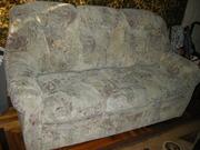 Продаются два дивана двойка и тройка.