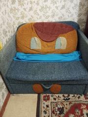 Срочно продам детский диван
