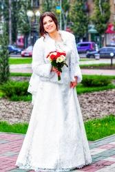 Свадебное платье ,  украшения