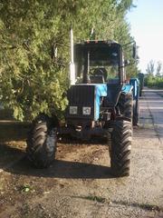 Трактор МТЗ 1025 беларус