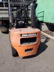 Вилочный дизельный автопогрузчик г/п 3 тонн Doosan D30G