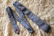 Стильный серый галстук