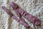 Необычный розовый галстук